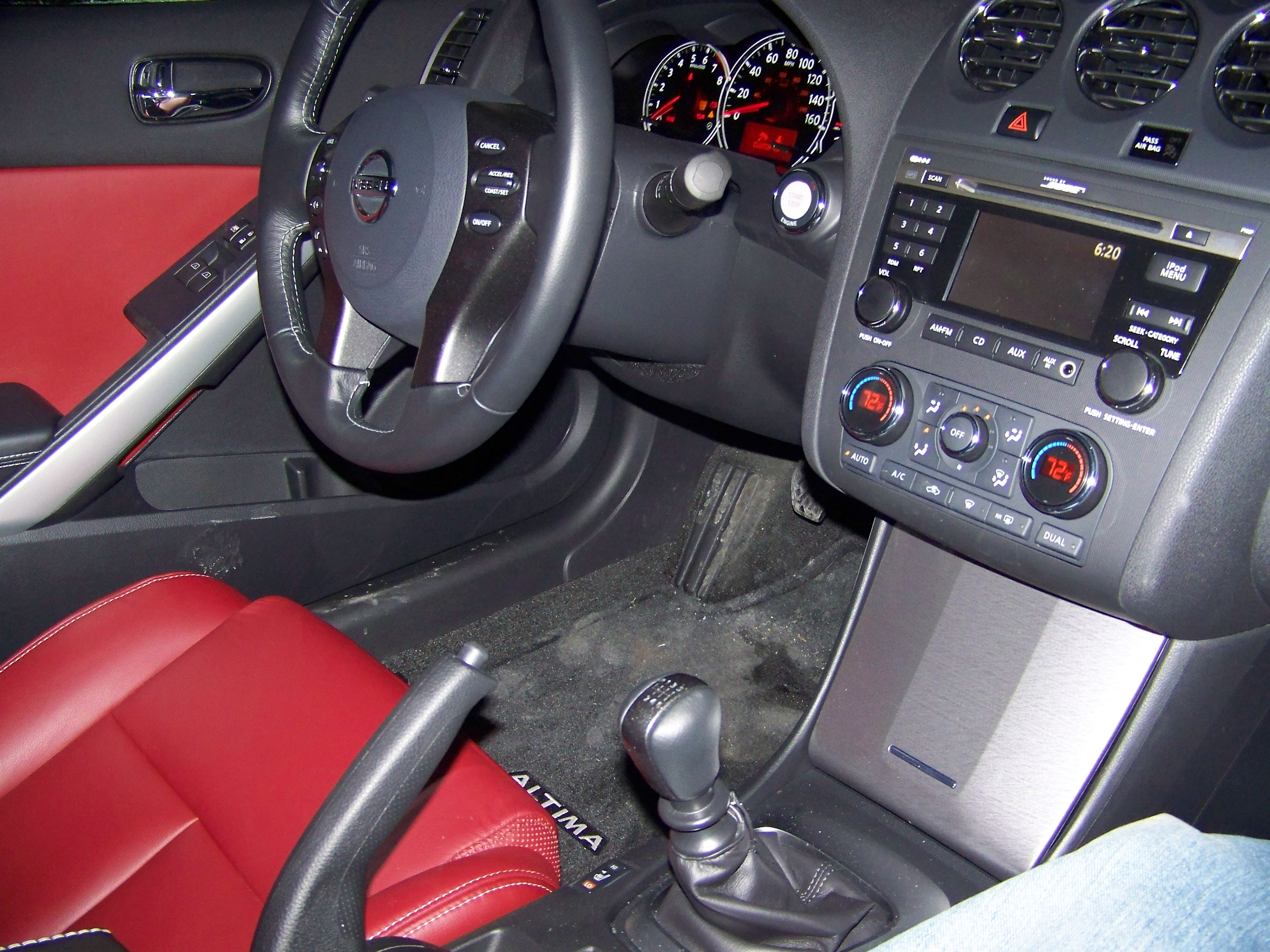 Review 2010 nissan altima coupe the truth about cars 2005 nissan altima custom interior