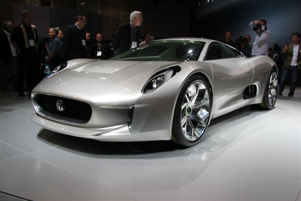 LA Auto Show Jaguar Jets While Landie Evoques The Countryman The - When is the la car show