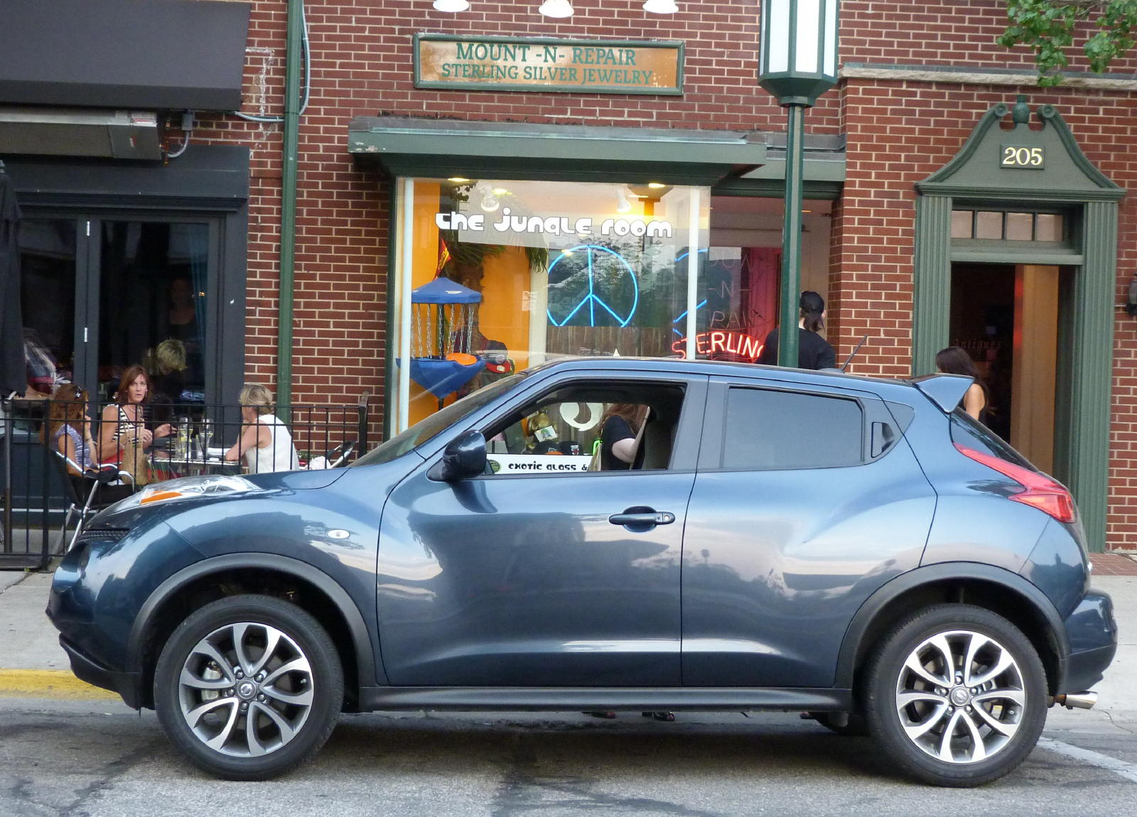 Review: 2011 Nissan Juke Take Two
