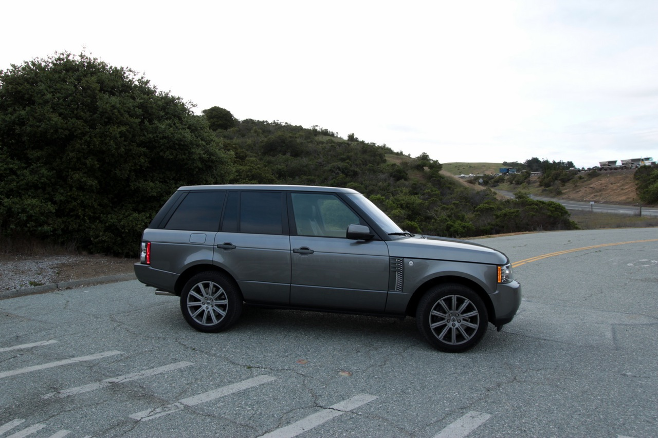 Review 2011 range rover hse and supercharged the truth for Land rover tarbes garage moderne