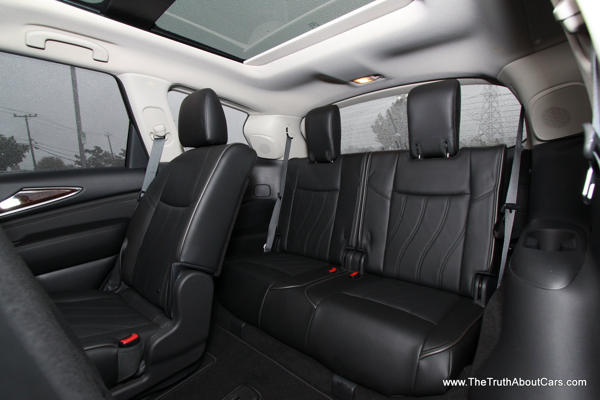 Does The 2014 Jeep Grand Cherokee Have Third Row Seating ...
