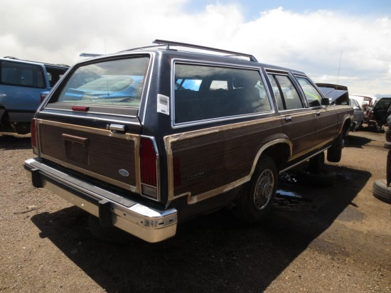 04 - 1987 Ford Country Squire Down On the Junkyard - Picture courtesy of Murilee Martin