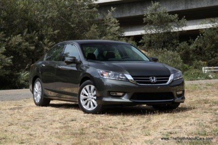 2013-Honda-Accord-018-550x366